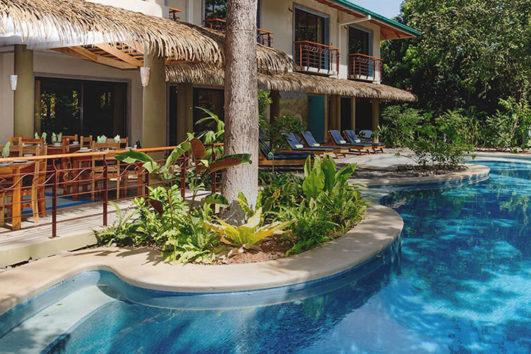 Olas Verdes Resort